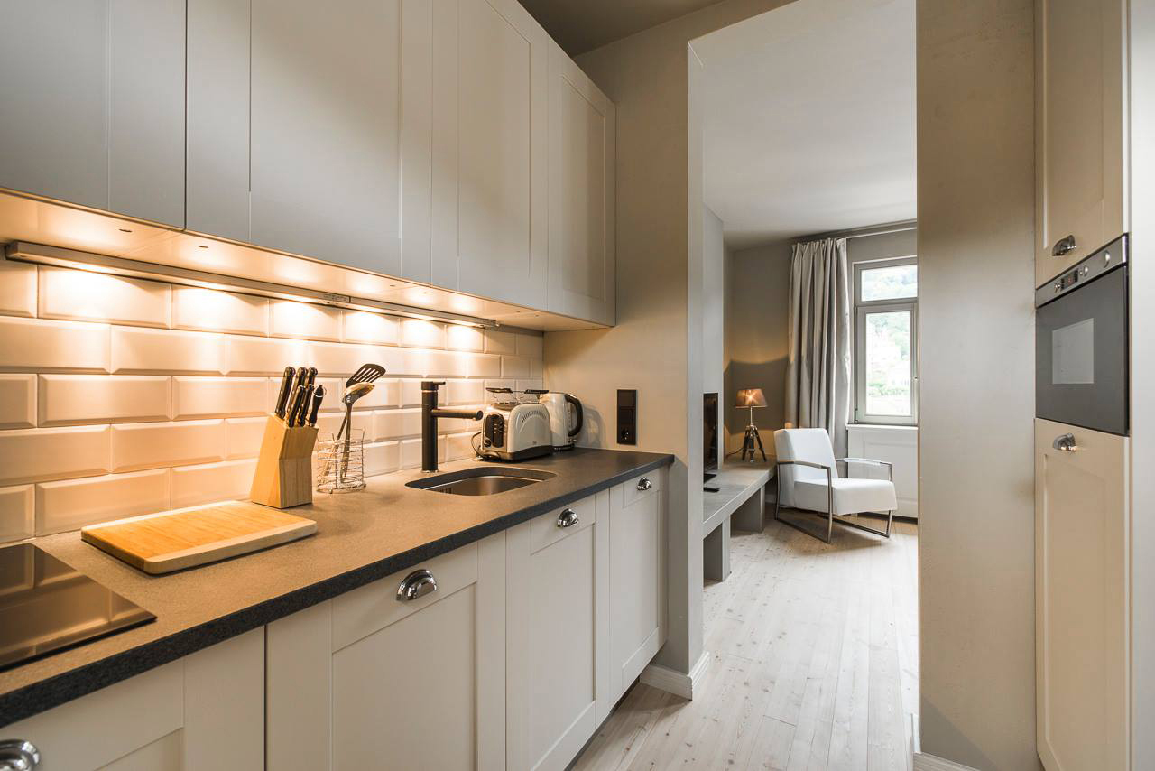 Boardinghouse Kueche - Inneneinrichtung Heidelberg, Mannheim, Stuttgart - Gaffga Interieur Design. Planung und Ausführung - Lichtplanung - Möbel auf Maß. Boardinghouse