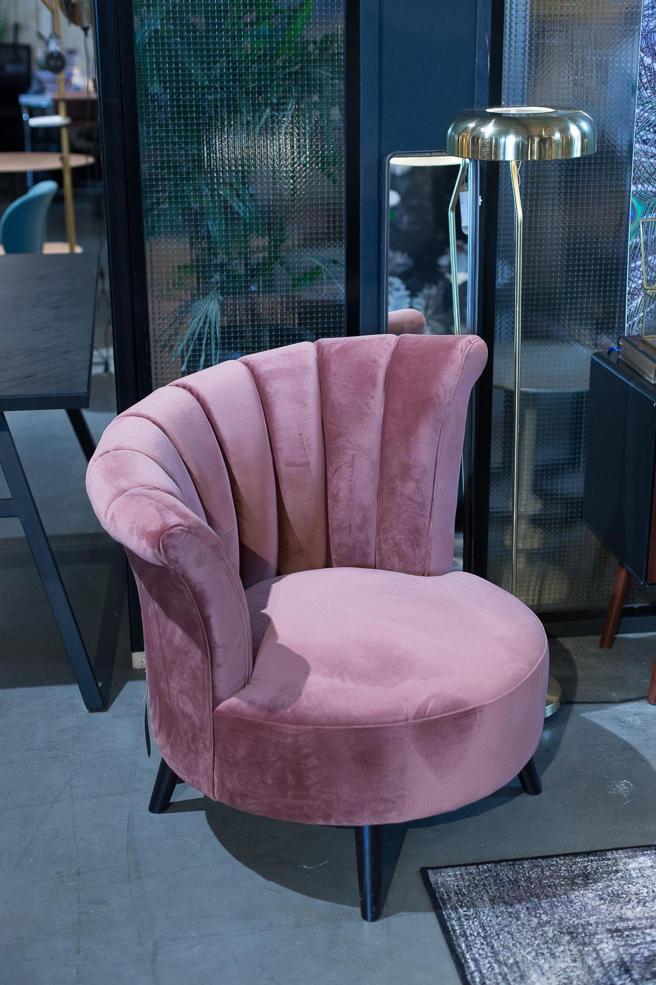 Inneneinrichtung Heidelberg, Mannheim, Stuttgart - Gaffga Interieur Design - Moebel von Zuiver, rosa Sessel
