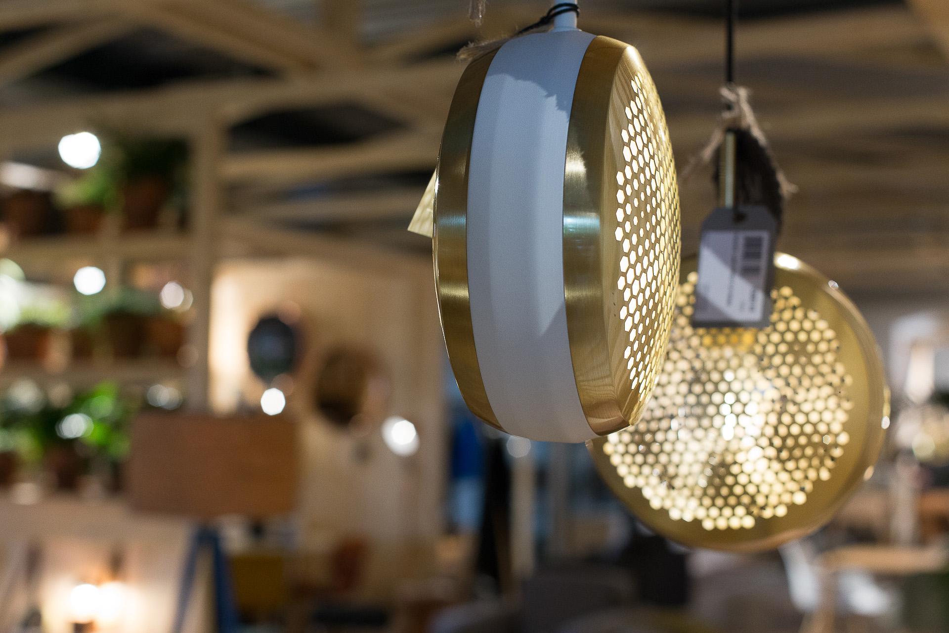 Inneneinrichtung Heidelberg, Mannheim, Stuttgart - Gaffga Interieur Design - Moebel von Zuiver, Hängeleuchte gold-weiß