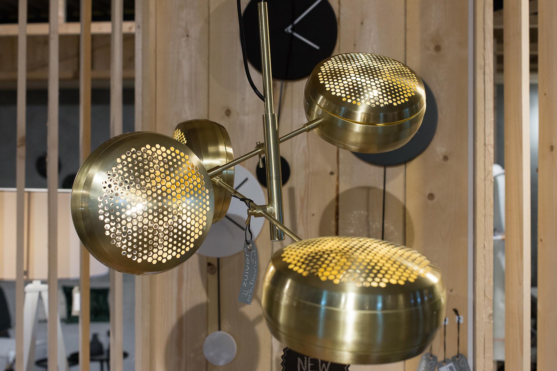 Inneneinrichtung Heidelberg, Mannheim, Stuttgart - Gaffga Interieur Design - Moebel von Zuiver, Haengeleuchten in Gold