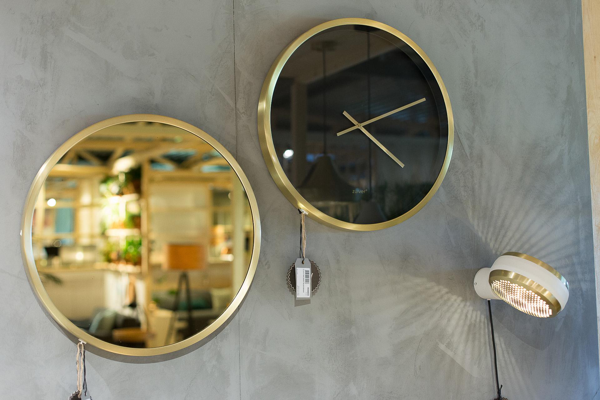 Inneneinrichtung Heidelberg, Mannheim, Stuttgart - Gaffga Interieur Design - Moebel von Zuiver, runder Spiegel und Uhr