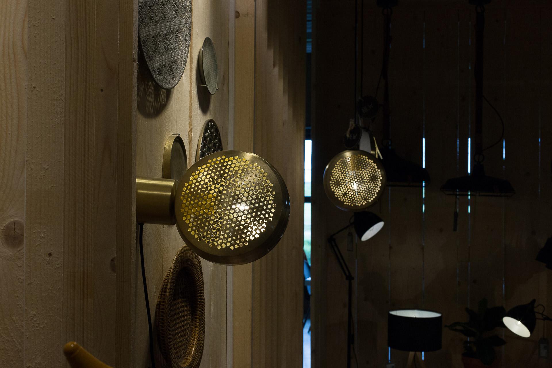 Inneneinrichtung Heidelberg, Mannheim, Stuttgart - Gaffga Interieur Design - Moebel von Zuiver, Wandleuchte in Gold