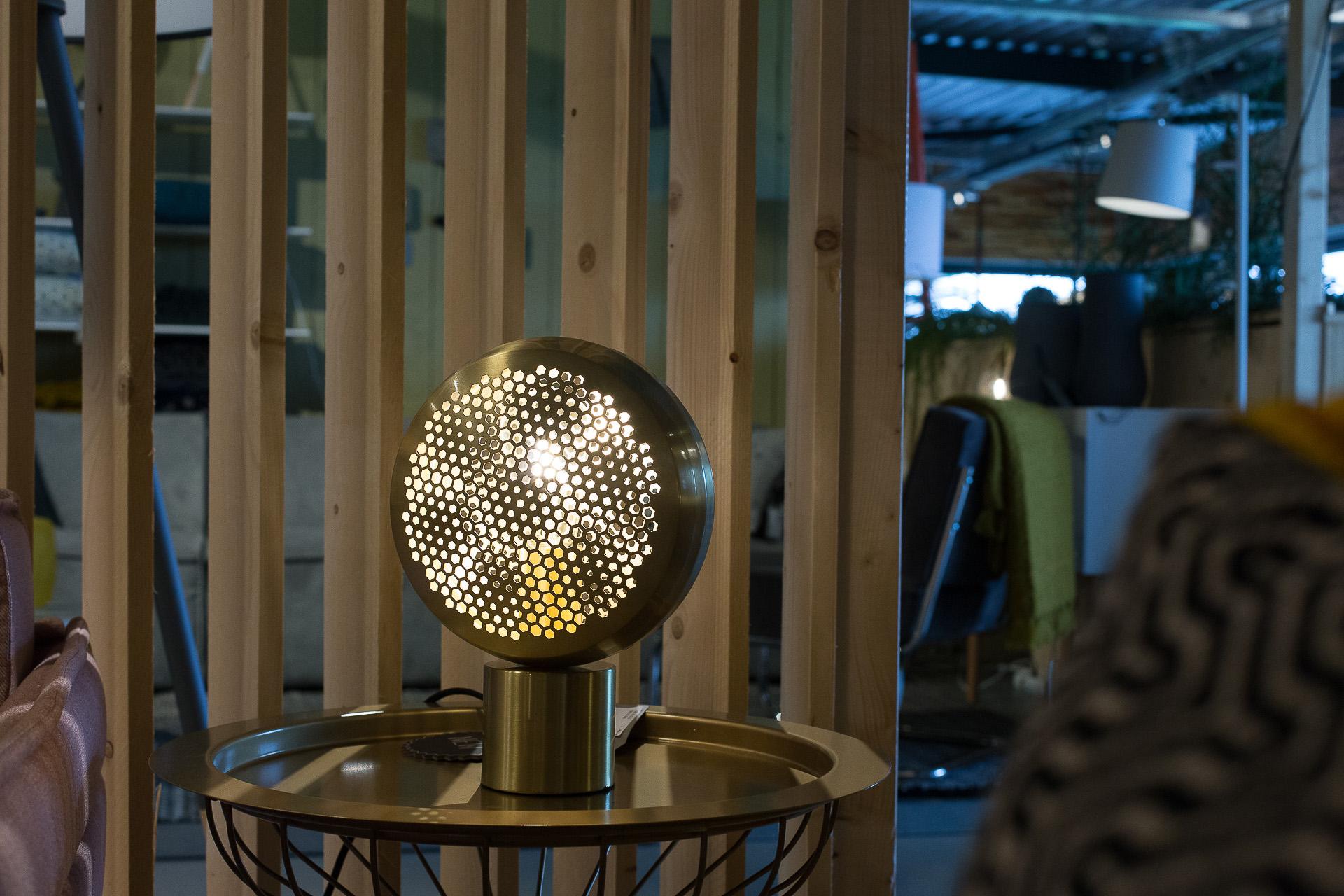 Inneneinrichtung Heidelberg, Mannheim, Stuttgart - Gaffga Interieur Design - Moebel von Zuiver, Tischleuchte in Gold