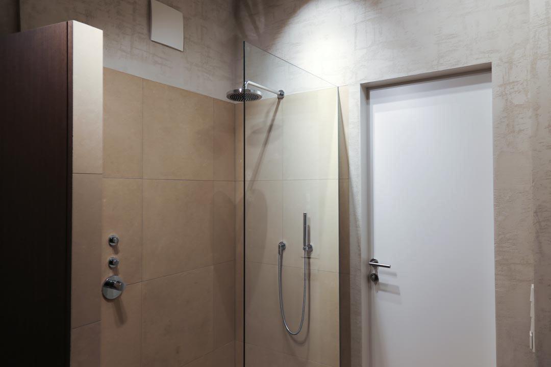 Wandfliesen im Bad - Inneneinrichtung Heidelberg, Mannheim, Stuttgart - Gaffga Interieur Design. Planung und Ausführung - Lichtplanung - Möbel auf Maß. Penthouse, Loft